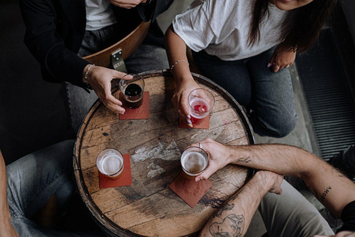 Alkoholizm – pijesz bo lubisz czy pijesz, bo musisz?